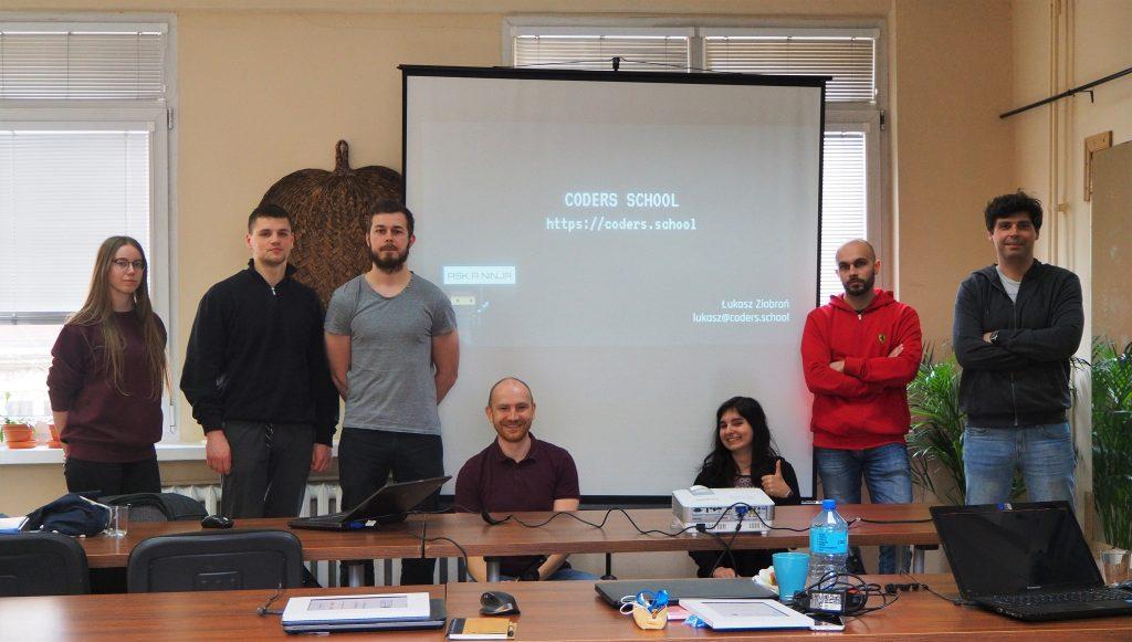 Część uczestników mini kursu wielowątkowość w C++